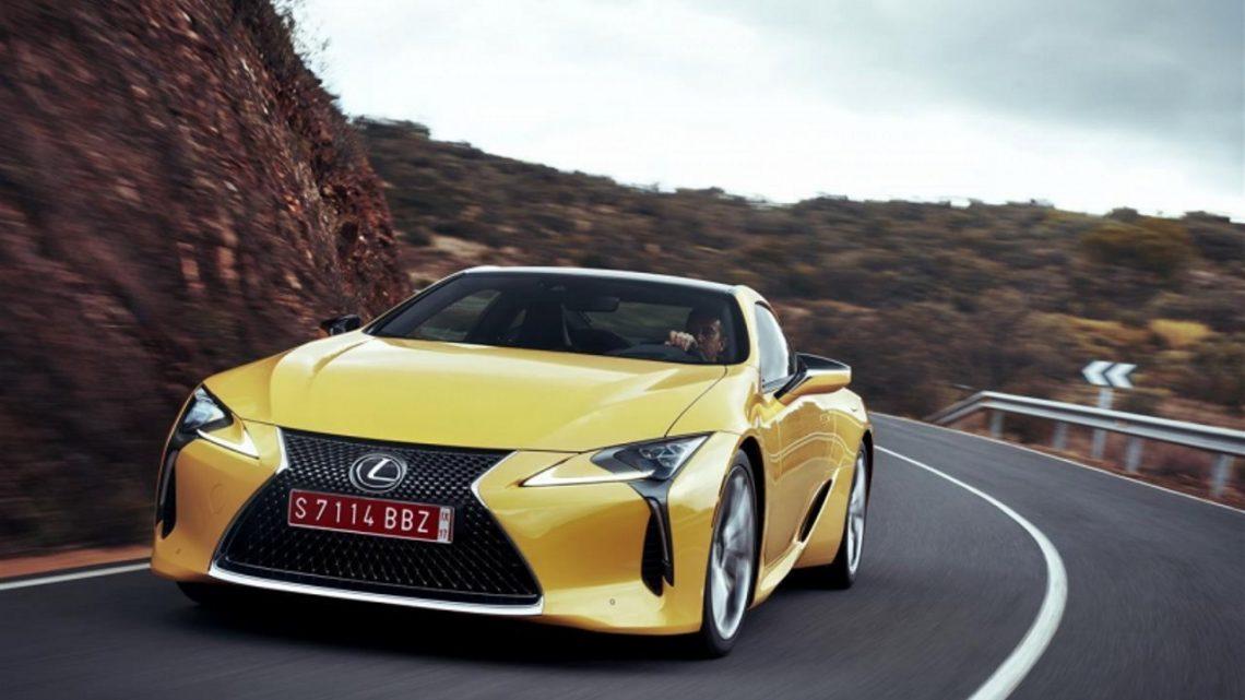 Lexus w matematycznym ujęciu. Jakie liczby stoją za japońską marką?